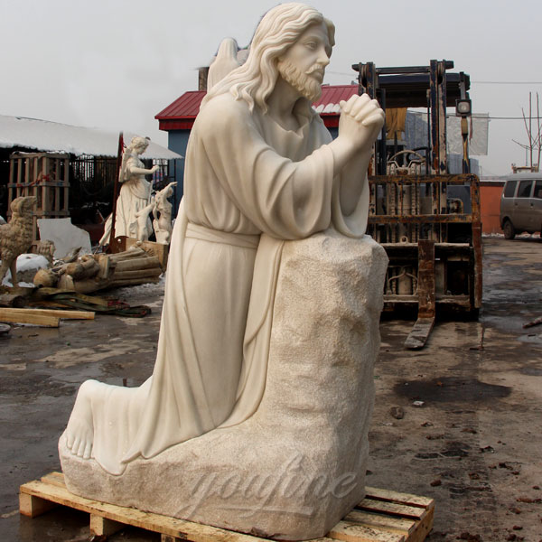 Buy Church religious garden sculptures of Jesus prays on the Manichan Garden